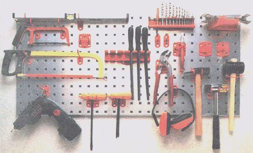 Какие инструменты понадобятся при строительстве соломенного дома?