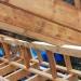Устанавливаем каркас и перегородки мансарды (12 фото)