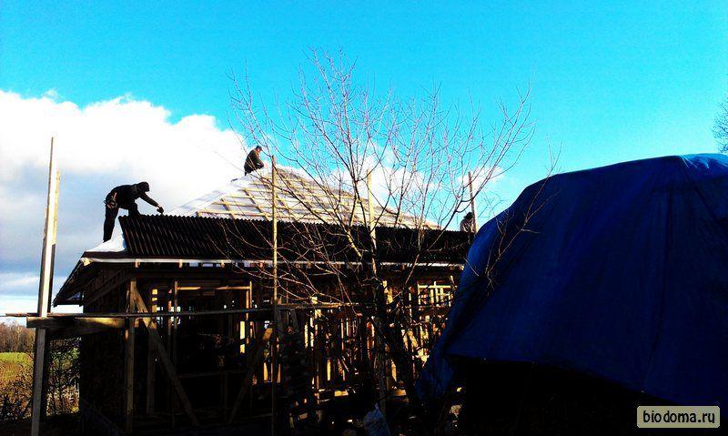 Кроем крышу — солома, битум, ондулин? (27 фото)