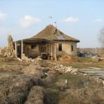 Дом из соломы ,Беларучи, Беларусь