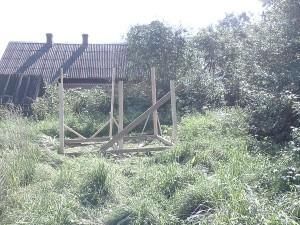 Вид сбоку - строительство сарая