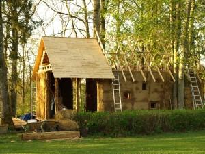 Летний соломенный домик в Бельгии