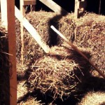 Деревянный молоток для забивки соломенных блоков