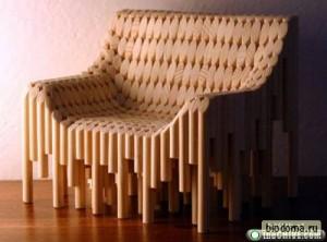 Для этого кресла Икея может продавать набор-конструктор черенков для лопаты, похоже:)