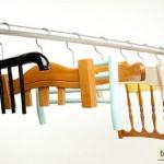 Необычные вешалки для одежды