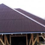 Вся крыша накрыта ондулином