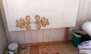 Столик на балконе в собранном виде.
