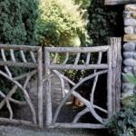 Аналогичные садовые ворота в деревенском стиле