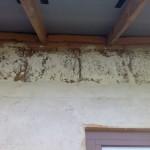 Штукатурка под софитами, свесы крыши каркасного дома