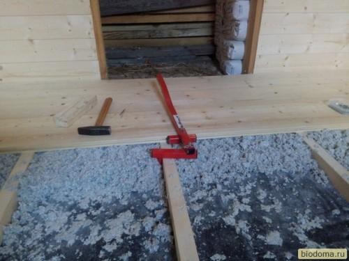 Стяжка деревянного пола на лагах