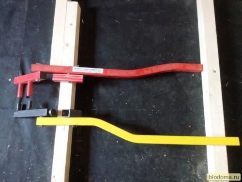 Два инструмента для стяжки деревянного пола