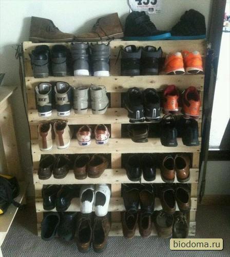 Шкафчик для обуви из деревянных поддонов