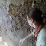 Жена и глиняная штукатурка, акт 1